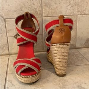 Tory Burch red and tan espadrilles size 8